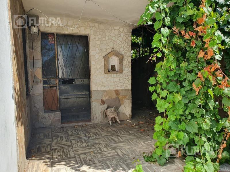 casa de pasillo a reciclar de 2 dormitorios en venta - barrio belgrano, rosario
