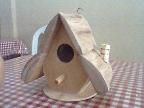 casa de passarinhos artesanal