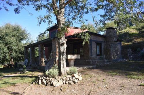 casa de piedra en santa rosa de calamuchita