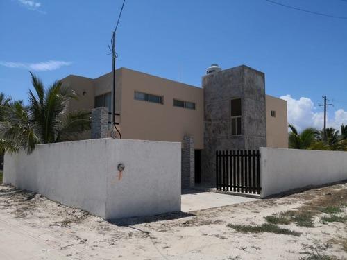 casa de playa en segunda fila en esquina en san benito