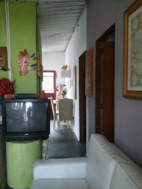 casa de praia 2 quartos a 10min da praia em itanhaém sp