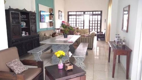 casa de praia, piscina, 4 quartos e área gourmet!