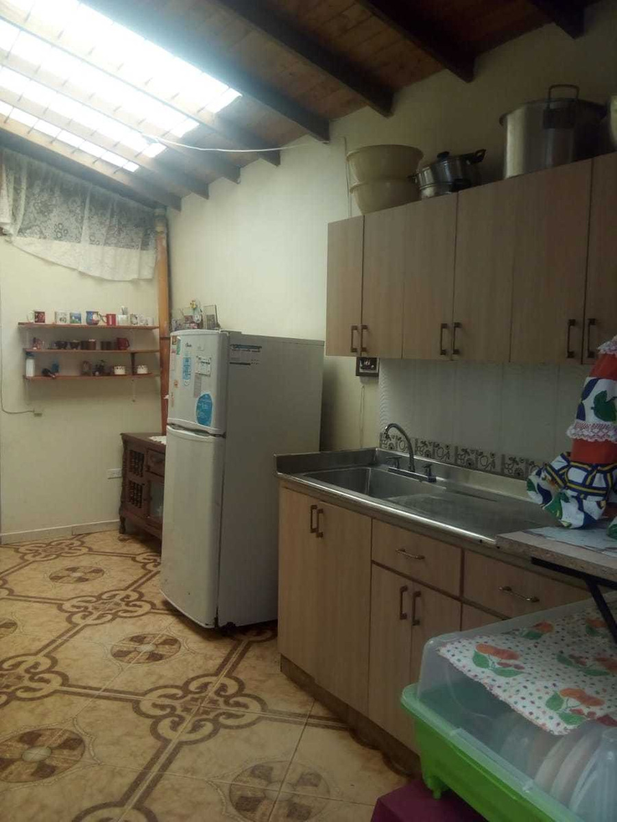 casa de tres alcobas, dos baños, sala, comedor cocina, patio