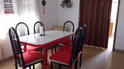 casa de tres ambientes con excelente ubicación