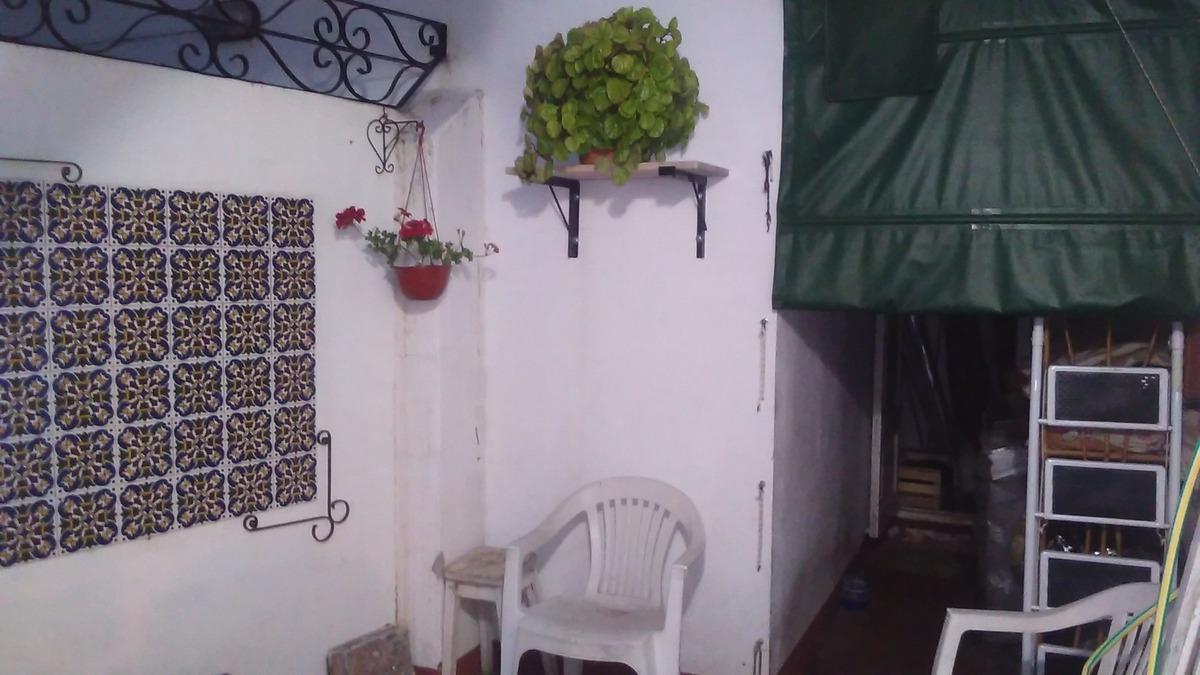 casa de tres ambientes en zona de todo el año