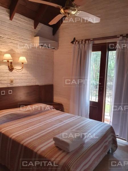 casa de tres dormitorios en solanas vacation - venta- ref: 28894