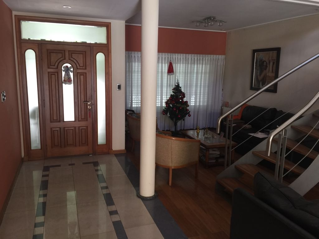 casa de tres dormitorios en venta en la plata