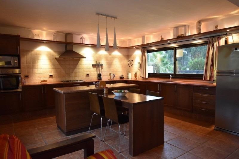casa de tres dormitorios en venta - punta del este-ref:2741