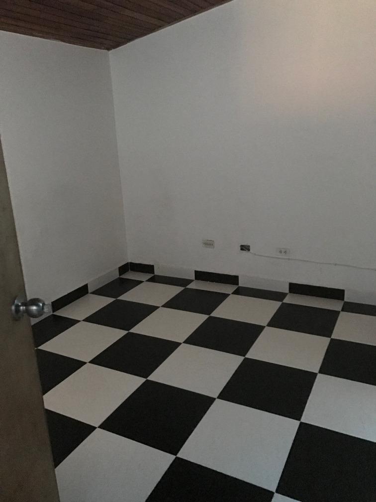 casa de tres habitacion y tres baños