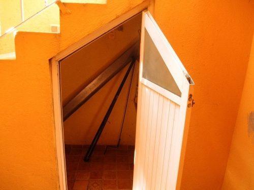casa de tres niveles para remodelar en pedregal de santa ursula xitla