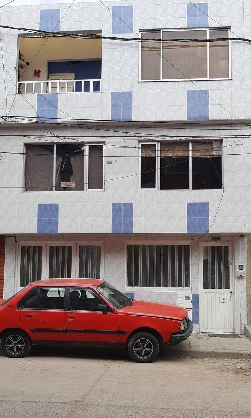 casa de tres pisos $350'000.000
