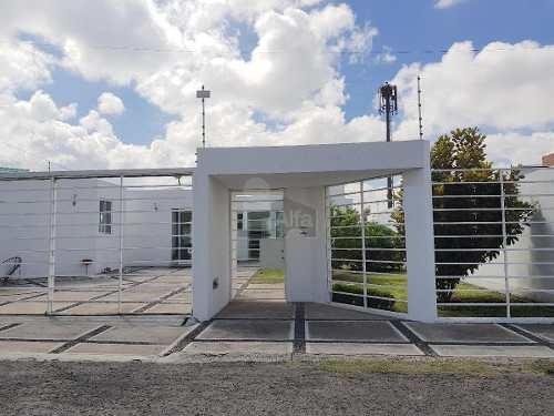 casa de un piso con 675 m2 de terreno,  en juriquilla en venta, excelente oportunidad.