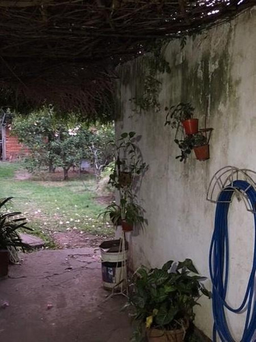 casa de una planta en san lorenzo a metros de avenida san martin