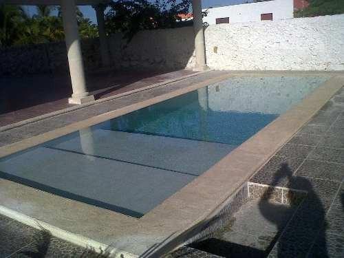 casa de una planta en telchac con piscina