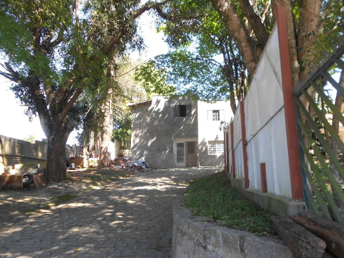 casa de vila no centrinho de caucaia