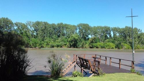 casa delta sobre río capitán