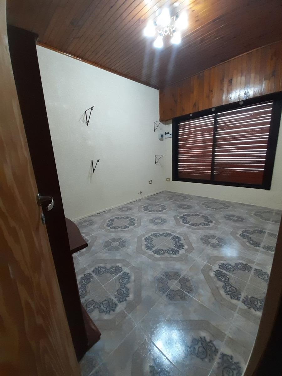 casa + departamento 24 4771 entre av montevideo y 172