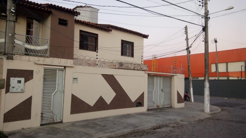 casa diferenciada  3/4 com close aceito troca de casa no con