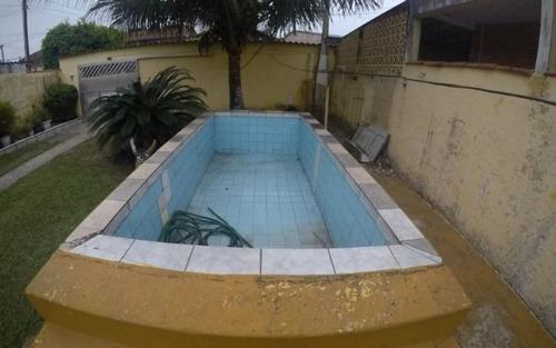 casa dois dormitórios com quintal gigante e piscina praia grande sp