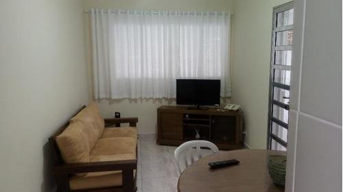 casa dois dormitórios no centro ref 1049