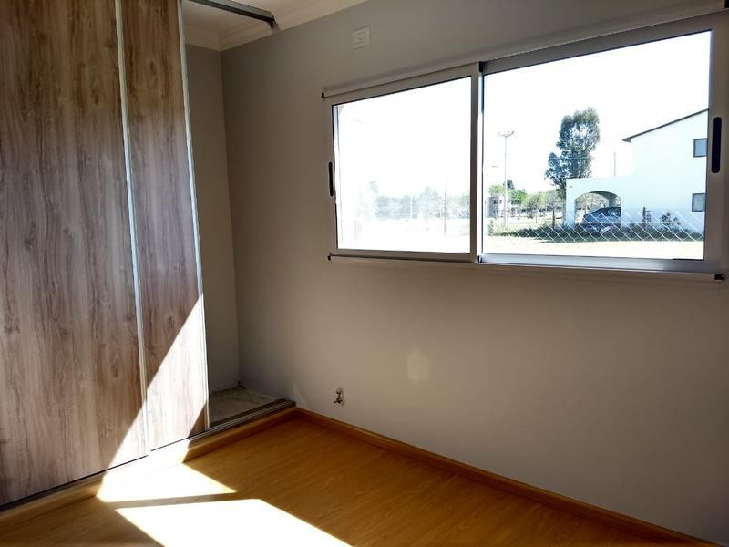 casa dos dormitorios en venta - las casurainas - ibarlucea.