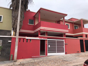 Casa Dos Pisos 3 Recamaras Terraza Y Cochera Techadas