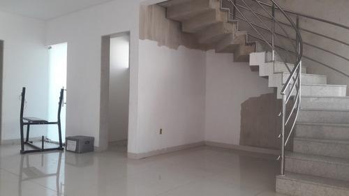 casa duplex  bairro caravelas