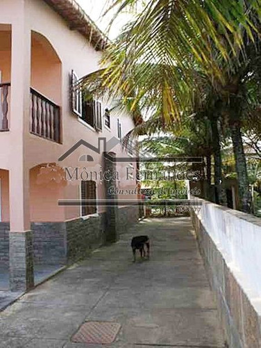 casa duplex, com piscina e casa de caseiro completa em maric