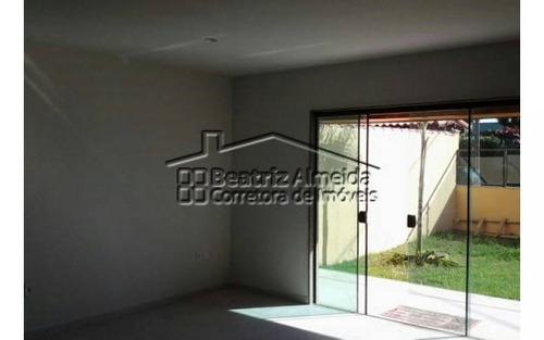casa duplex de 2 quartos sendo 2 suítes em itaipuaçu