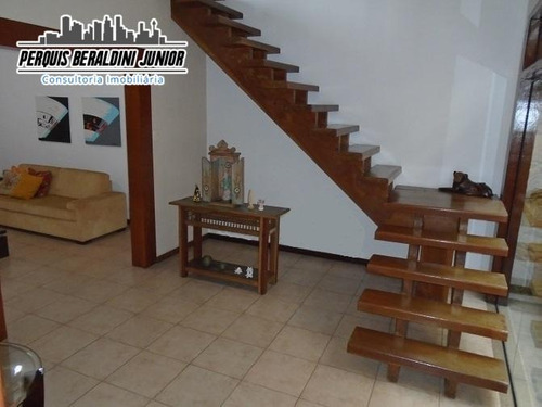casa duplex, estilo colonial, 340 m² em rua tranquila! - pbj052