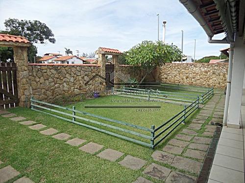 casa duplex no bairro de praia,c/ piscina indo  a praia a pé