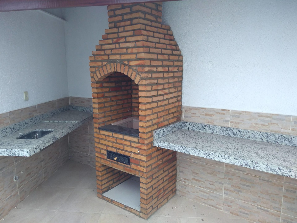 casa duplex nova. 2 quartos, 2 vagas. espaço gourmet com churrasqueira. - 2019