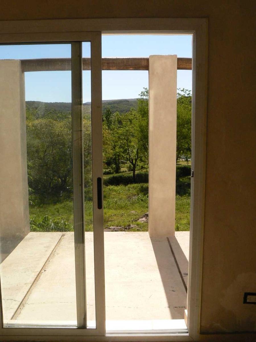 casa ecologica vista a las sierras la granja