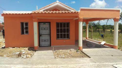casa  economica en villa mella 2,250,000.00