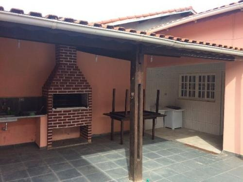 casa + edícula a 750 metros da praia, entrada e parcelamento