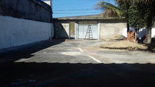 casa em área comercial no gaivota, terreno com 306m²