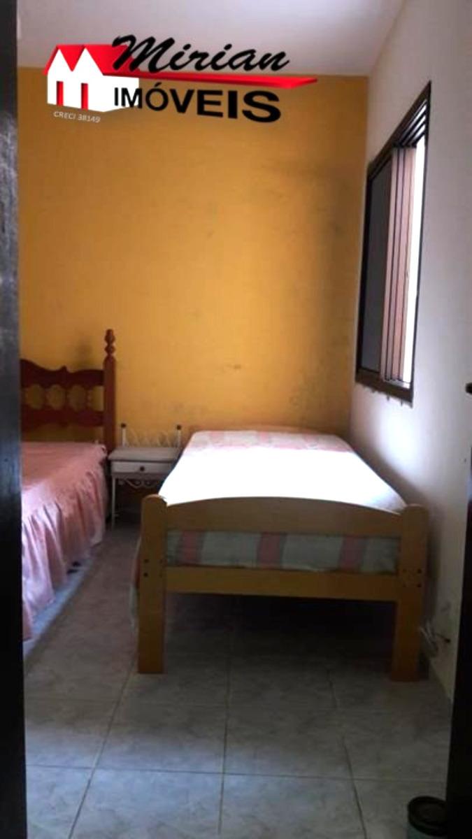 casa em bairro nobre a 600 metros do mar 3 dormitórios sendo 1 suíte ,sala 2 ambientes, cozinha ,wc e lavanderia.área com churrasqueira garagem para 3 carros r$350.000 venha fazer - ca01044 - 33618663