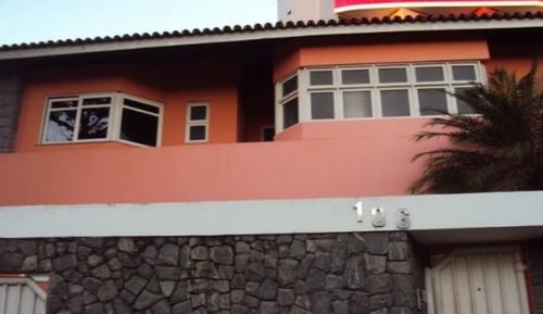 casa em caminho das árvores, salvador/ba de 300m² 4 quartos para locação r$ 14.000,00/mes - ca193476