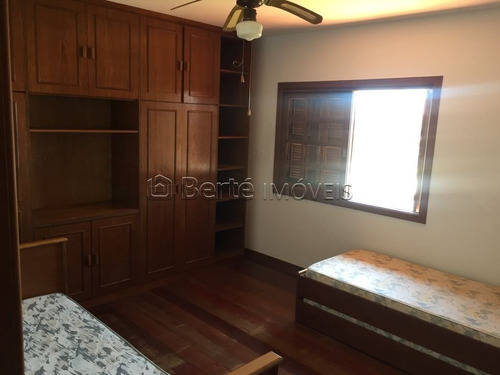 casa em centro com 3 dormitórios - bt5545