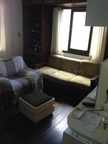 casa em centro com 3 dormitórios - bt5554
