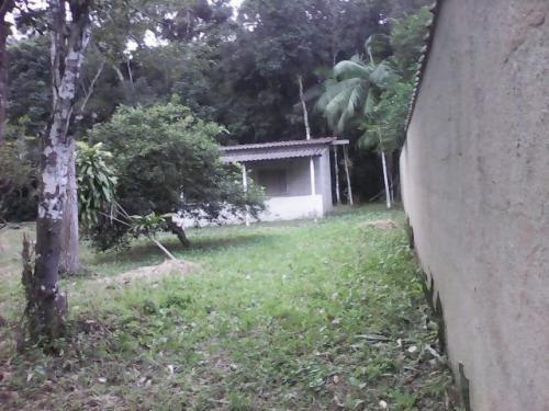 casa em chácara localizada em itanhaém-sp