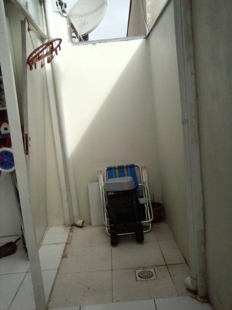 casa em cond fechado 2dorm de barbada - mudança de estado