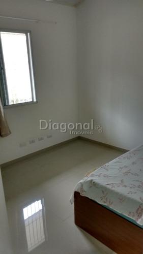 casa em cond. fechado - reformada  - 2 dorms. ref79984