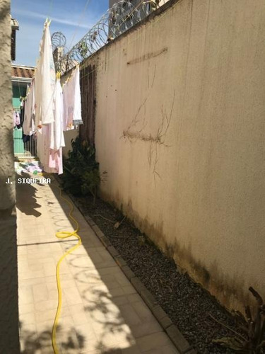 casa em condomínio a venda em suzano, jd. santa helena, 3 dormitórios, 1 suíte, 4 vagas - 0074
