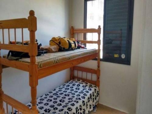 casa em condomínio com 2 dorm. em mongaguá, no centro!