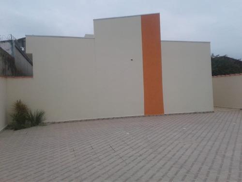 casa em condomínio com suíte na praia de itanhaém.