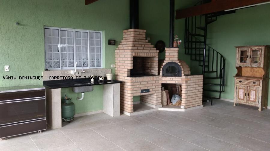 casa em condomínio de alto padrão