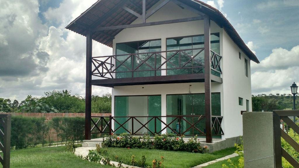 casa em condomínio em gravatá pe  ref.d024