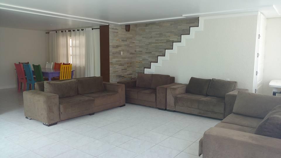 casa em condomínio em gravatá pe  ref.d027