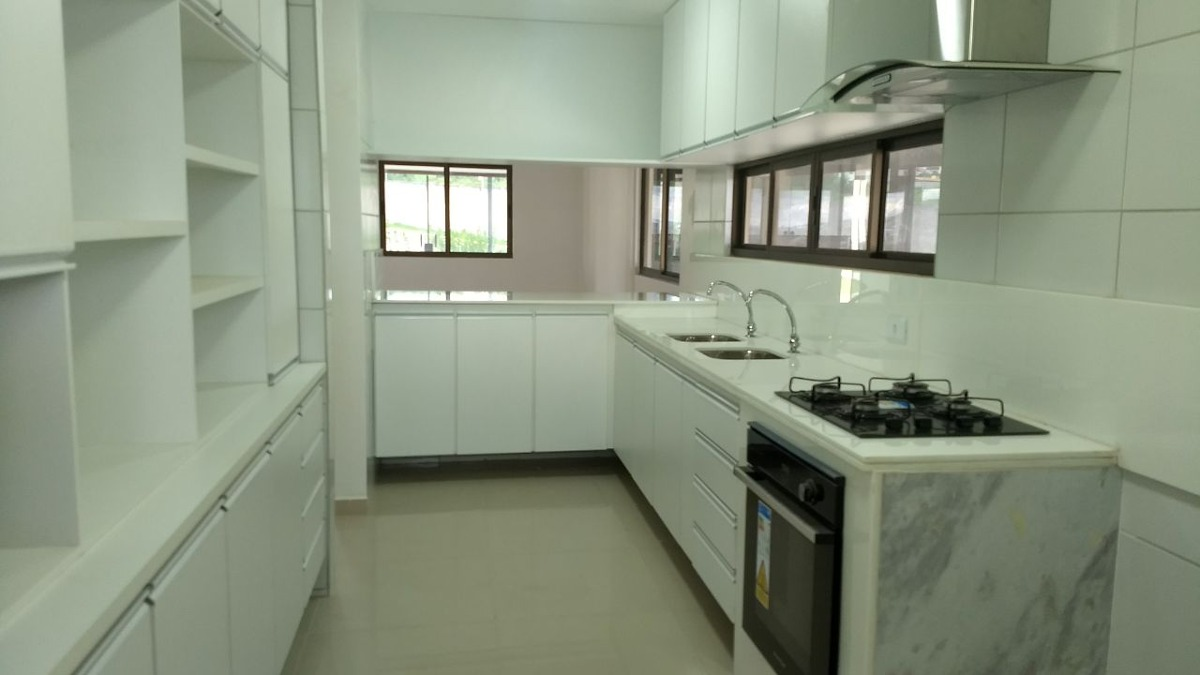 casa em condomínio em gravatá pe  ref.d047